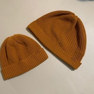 Old Navy big brother little brother beanie bundle